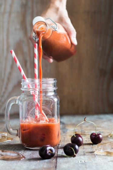 Carrot Cherry Juice - a healthy and easy way to pimp those leftover carrots and sneak in more vegetables into your family's diet