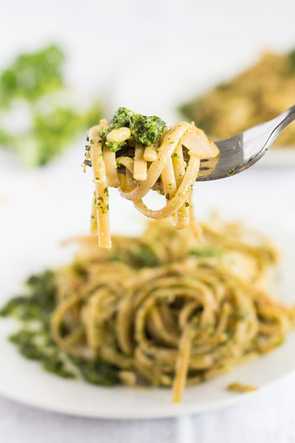 Shaved Brussels Sprouts Pasta with Herb Pesto - a healthy, quick and easy dinner recipe for busy nights for all those brussels sprouts lovers out there.