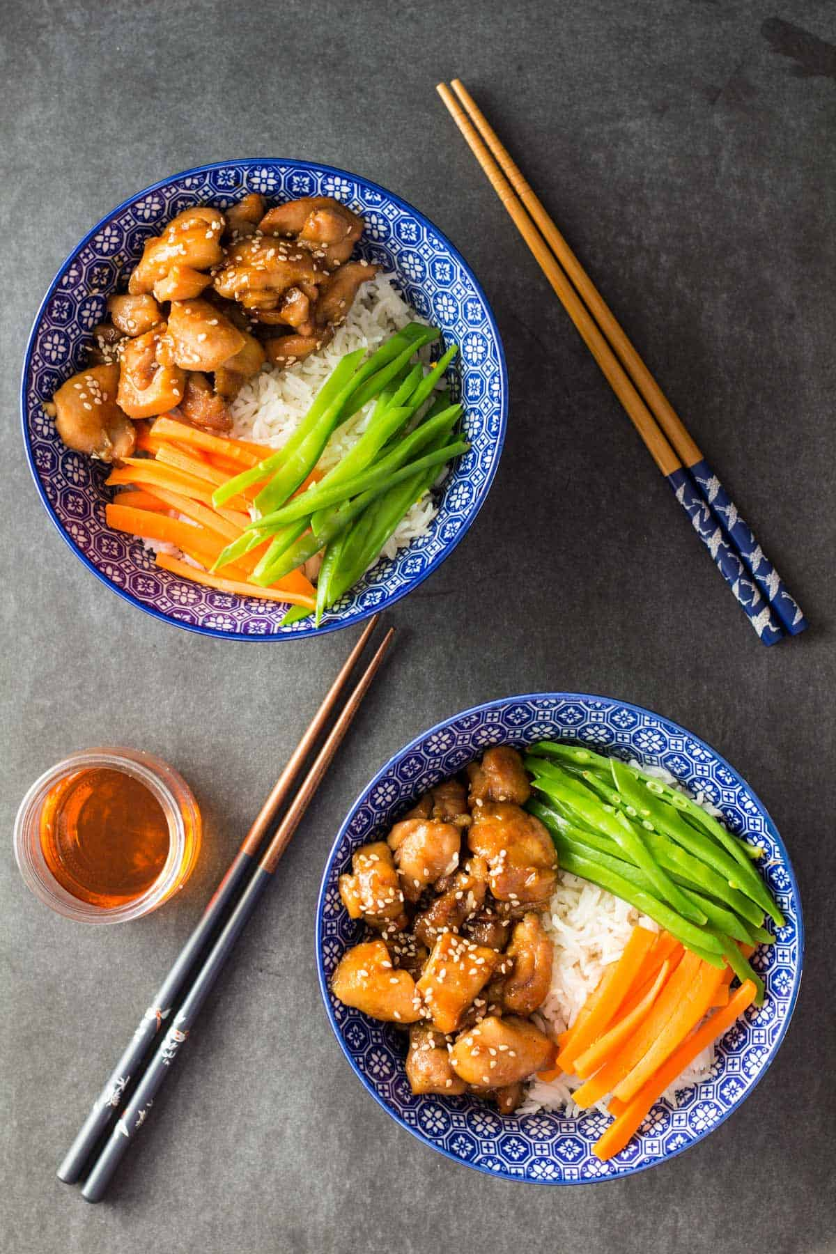 Vietnamese Sticky Chicken Bowl: prepared in a little over 30 mins. Perfect busy weeknight dinner for a party in your tummy!