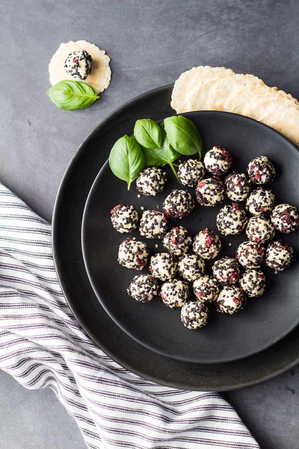 Easy Goat Cheese Appetizer