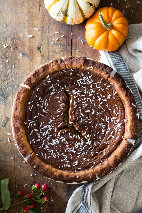 What do you call a gluten-free Pumpkin Pie that's also a refined-sugar-free and dairy-free Pumpkin Pie? EASY! A Healthy Pumpkin Pie! This specific one could also be called The Best Healthy Pumpkin Pie in the history of Pies!
