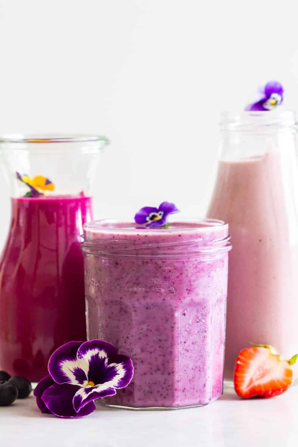 Breakfast Smoothies in pin, purple and hot pink in different sized glass jars