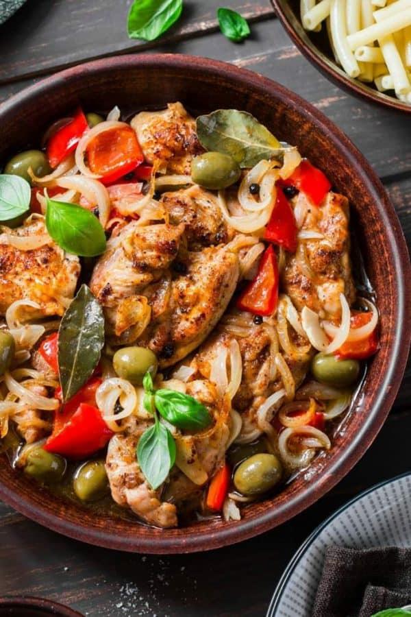 plate of slow cooker Mediterranean chicken